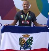 Siderópolis ganha primeira medalha da história na natação dos JASC