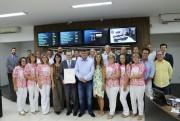 Acélio Casagrande recebe moção do Poder Legislativo içarense