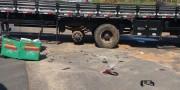 Colisão entre motocicleta e caminhão em PV deixa uma pessoa ferida