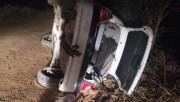 Motorista desvia de cachorro e veículo capota na ICR-356 em Içara