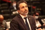 Deputados criticam postura do controlador-geral do Estado em depoimento à CPI