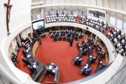 Alesc autoriza julgamento de Carlos Moisés no caso do reajuste dos procuradores