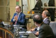 SC avança na negociação para compra de vacina italiana segundo a Alesc