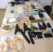Polícia apreende armas que seriam usadas em ataques