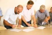 Contrato do Condomínio Industrial é assinado em Içara