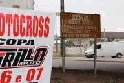 Evite colocar cartazes nos bordos e estruturas da rodovia federal