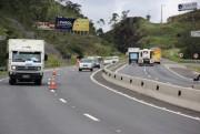 BR-101 tem trabalhos na sinalização no Morro do Formigão