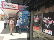 Descontos chegam a 70% na Rua Comercial Henrique Lage