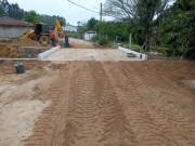Urussanga finaliza a construção das cabeceiras da ponte do bairro de Rio América