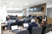 Vereador Márcio Toretti solicita manutenção na Rua Miguel Amador Fernandes
