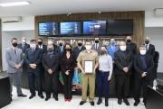 Poder Legislativo entrega moção ao Major Cichella subcomandante do 9° Batalhão