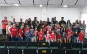 Caratê, xadrez e futebol feminino de Içara recebem novos materiais