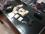 Trio assalta família no Centro e é preso