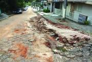 Rua Natal Tassi está  há 30 dias intransitável