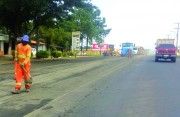 Serviços na Rodovia SC-445 deixam trânsito lento