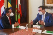 Governador apresenta as potencialidades ao embaixador da Costa Rica no Brasil