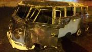 Veículo é destruído por incêndio na Rodovia Lino Zanolli em Içara