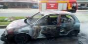Motorista incendeia veículo após ser autuado em blitz no Bairro Liri
