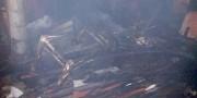 Residência é destruída por incêndio no Bairro Rio dos Anjos em Içara