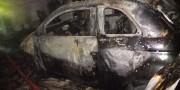 Incêndio atinge moradia e veículo no Bairro Barreira na cidade de Içara
