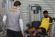 Atletas do Criciúma Esporte Clube reiniciam os treinamentos na Toca do Tigre