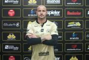 Goleiro Agenor renova contrato com o Criciúma Esporte Clube até dezembro de 2021