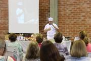 Mães e Idosos da Afasc iniciam curso de culinária