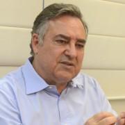 """Vamos gerar recursos para enfrentar o desafio na saúde pública"" afirma Colombo"