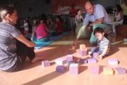 Oficina de Circo para Crianças proporciona interatividade entre pais e filhos