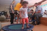Oficina de Circo proporciona interatividade entre pais e filhos
