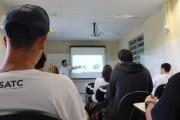 Profissão professor: educadores aliam teoria e prática nos cursos técnicos