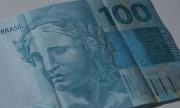 Governo federal aumenta para R$ 1.088 previsão para mínimo em 2021