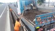 DNIT/SC faz manutenção da BR-101 Sul entre Içara a Passo de Torres