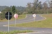 DNIT/SC instala 60 placas entre Içara a Passo de Torres