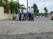 Vereadores fiscalizam aplicação de recursos em pavimentação
