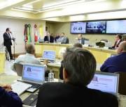 Projeto que veda participação de vereador em cargo é rejeitado