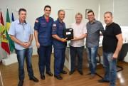 Convênio garante aquisição de um desfibrilador para bombeiros de Siderópolis