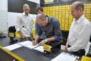 Criciúma Esporte Clube e AGEMED firmam contrato