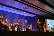 Show da Brass Groove Brasil encanta público na Acic