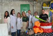 Professores e estudantes da Unesc participam de ação de cidadania em Criciúma