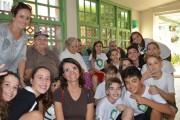 Turma do 6º ano Satc realiza ação no Asilo Feistauer