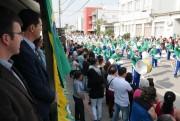 Desfile cívico é realizado com mais de 30 atrações