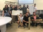 Acadêmicos da Satc propõem revestimento cerâmico a empresas da região