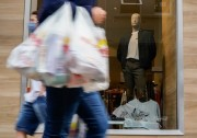 Vendas no comércio catarinense crescem 6,3% em novembro segundo o IBGE