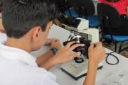 Universitário disponibiliza laboratórios para visitas