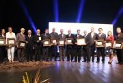 CDL de Criciúma celebra 50 anos em noite de homenagens