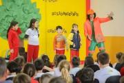 Com foco na reciclagem, Fundai leva teatro à escolas