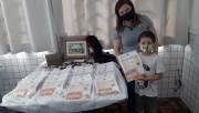 Professora usa a criatividade para incentivar as crianças no estudo em Forquilhinha