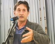 """Moradores dos bairros são ouvidos no projeto """"Fala Içara"""""""