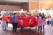 Três dias de festas julinas alegram idosos da Afasc